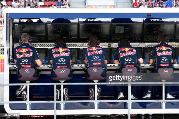 FIA Formula One World Championship 2015 Grand Prix of Spain Infiniti Red Bull Racing control center