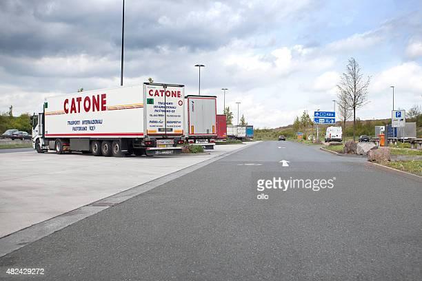 Autobahn station und Ruhebereich für LKWs