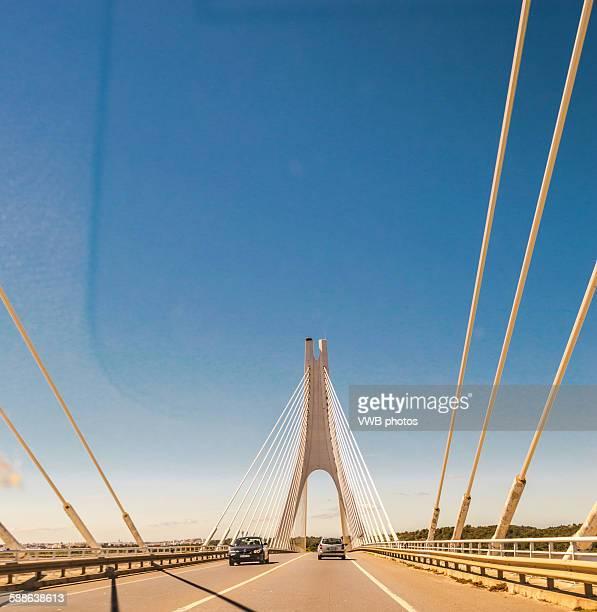 motorway suspension bridge - lagos stock pictures, royalty-free photos & images