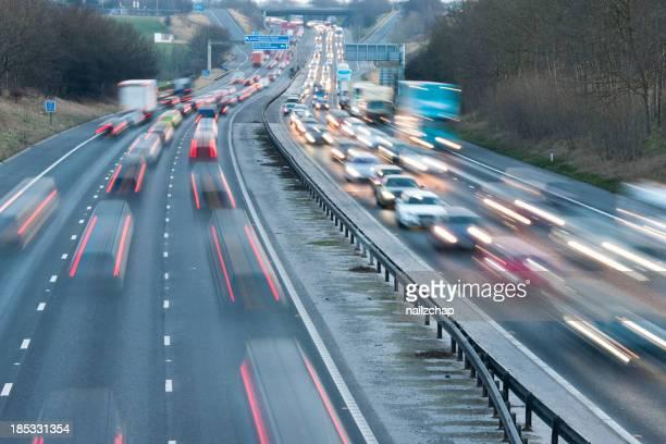 高速道路の交通