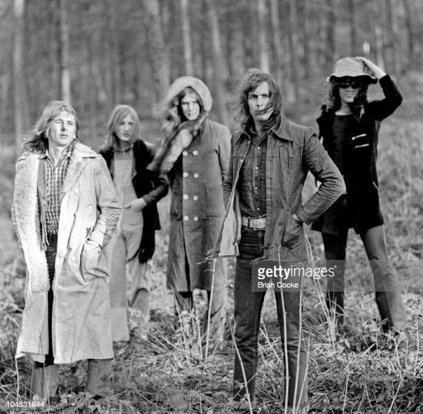 Mott The Hoople pose for a group portrait, L-R Mick Ralphs, Dale 'Buffin' Griffin, Pete Overend Watts, Verden Allen and Ian Hunter, in the Cleveland...