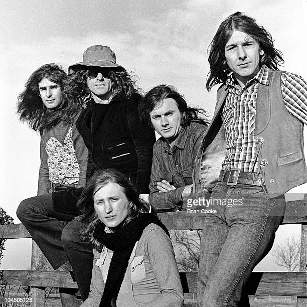 Mott The Hoople pose for a group portrait, L-R Pete Overend Watts, Ian Hunter, Dale 'Buffin' Griffin, Verden Allen and Mick Ralphs, in the Cleveland...