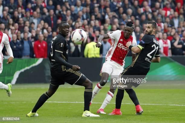 Mouctar Diakhaby of Olympique Lyonnais Bertrand Traore of Ajax Maxime Gonalons of Olympique Lyonnaisduring the UEFA Europa League semi final match...