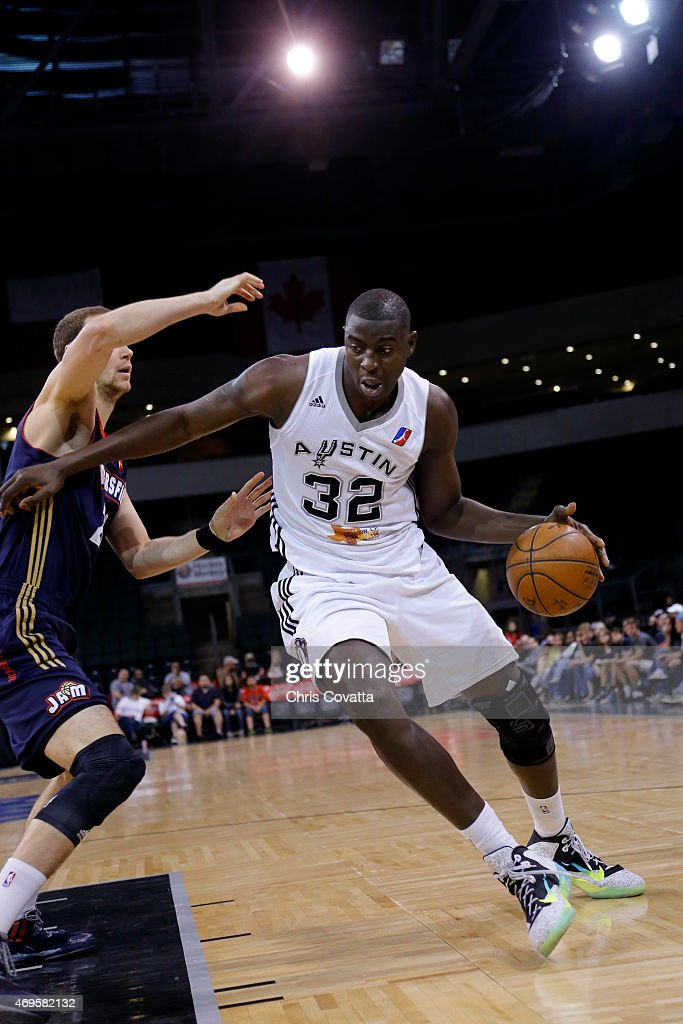 Mouhamed Sene #32 of the Austin Spurs handles the ball against the Bakersfield Jam in game three of the 2015 D-League playoffs at the Cedar Park Center on April 12, 2015 in Cedar Park, Texas.