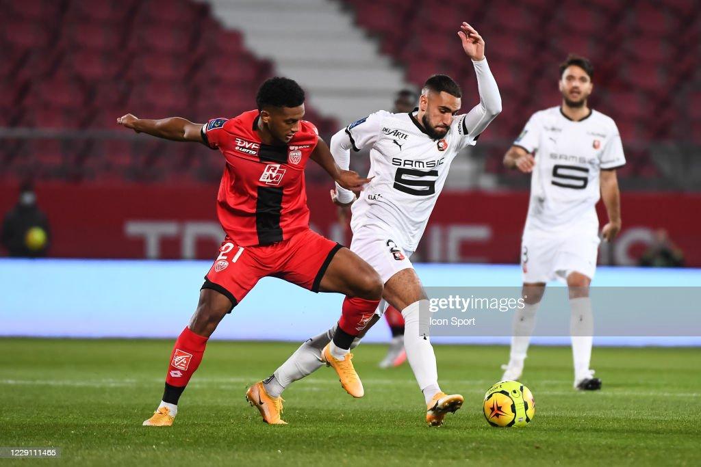 Dijon FCO v Stade Rennais - Ligue 1 Uber Eats : Photo d'actualité