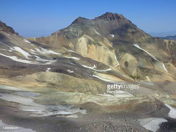mount aragats in armenia - frans sellies stockfoto's en -beelden
