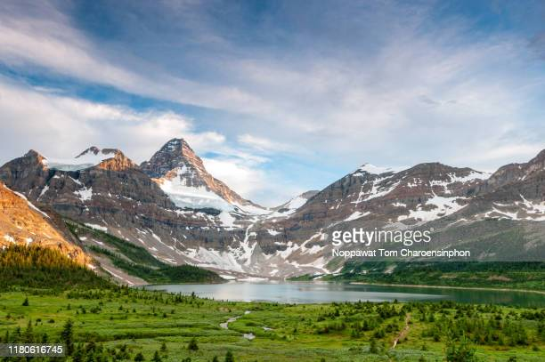 mount assiniboine and lake magog, canada - dramatic landscape stock pictures, royalty-free photos & images