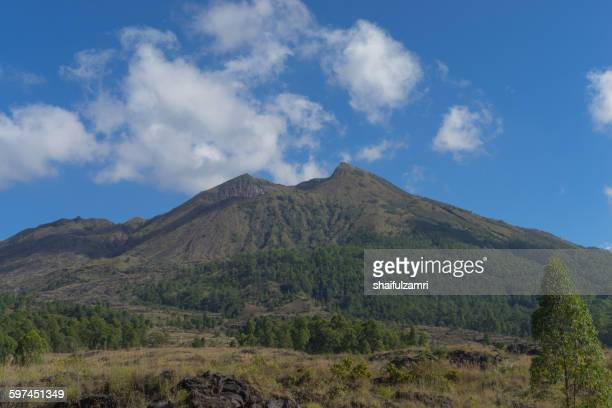 mount batur in bali, indonesia - shaifulzamri stock pictures, royalty-free photos & images