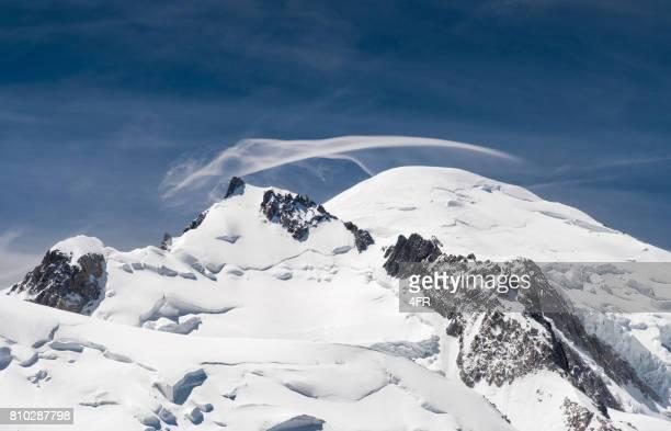 mount blanc - monte bianco foto e immagini stock