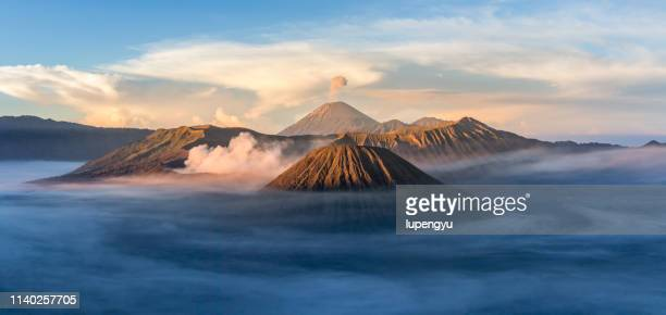 mount bromo dramatic sunrise ,indonesia - bromo tengger semeru national park stock pictures, royalty-free photos & images
