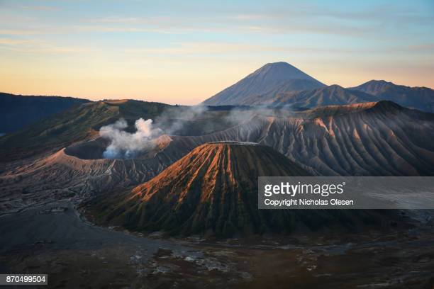 mount bromo sunrise - mt bromo stock photos and pictures