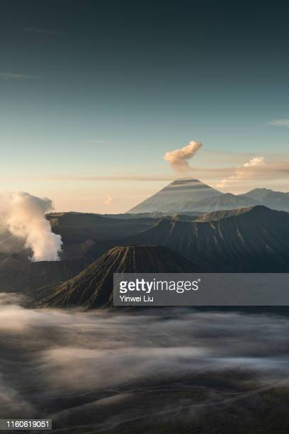 mount bromo volcano during sunrise from viewpoint in bromo tengger semeru national park, east java, indonesia. - mt semeru stock pictures, royalty-free photos & images