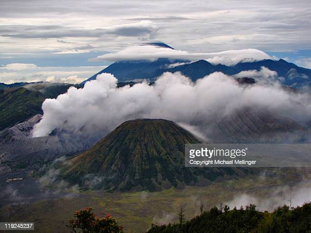 mount bromo-penjankan-java-indonesia - east java province stock pictures, royalty-free photos & images