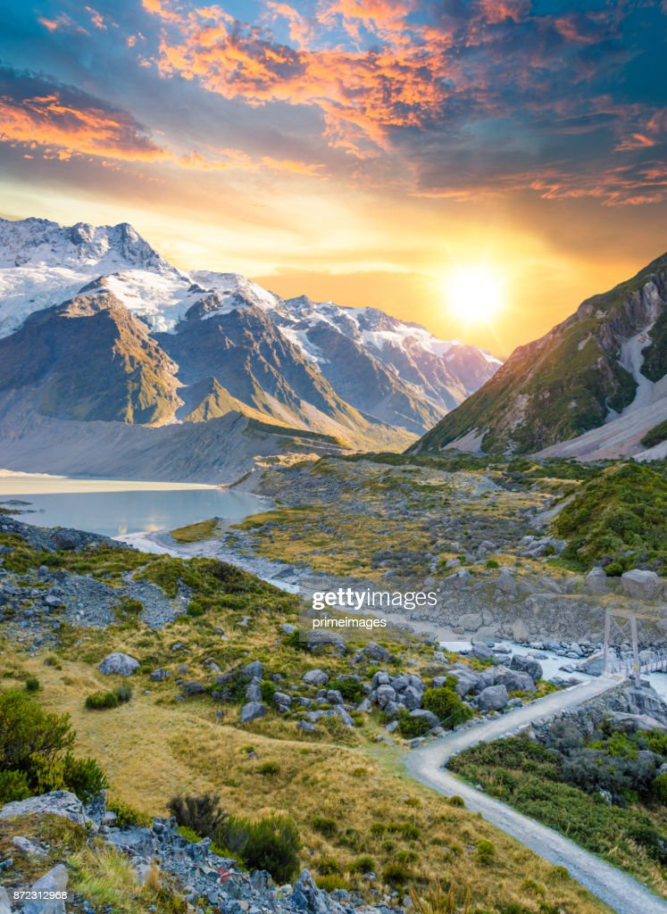 Mount Cook and  Lake Matheson New Zealand : Stock Photo