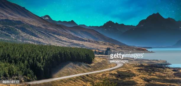 Mount Cook und Lake Matheson Neuseeland mit Milchstraße