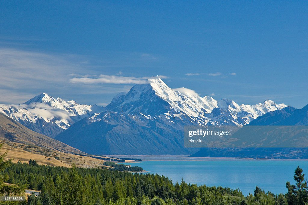 Mount Cook and Lake Pukaki , New Zealand : Stock Photo