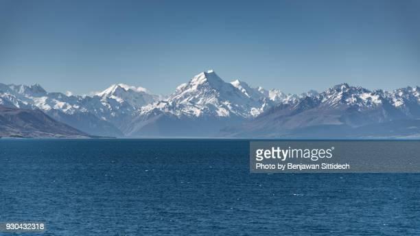 mount cook and lake pukaki, south island, new zealand - alpes do sul da nova zelândia - fotografias e filmes do acervo