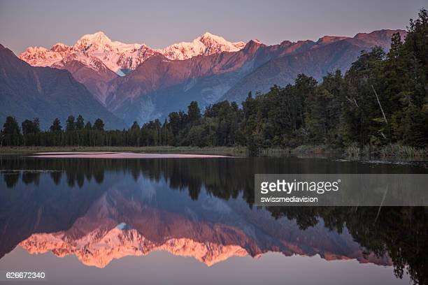 mount cook in lake matheson new zealand - mirror lake stock pictures, royalty-free photos & images