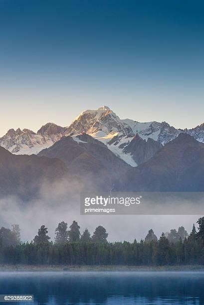 Mount Cook in See lake Matheson Neuseeland