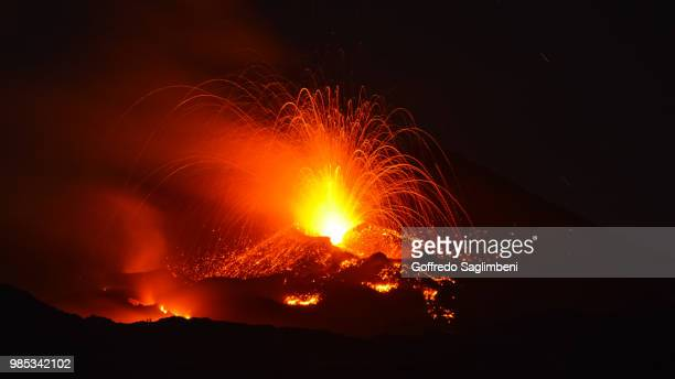 mount etna erupting in sicily, italy. - mt etna stock pictures, royalty-free photos & images