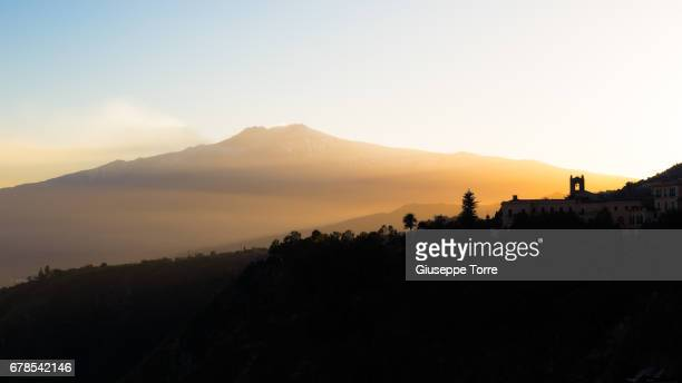 mount etna - mt etna stock pictures, royalty-free photos & images