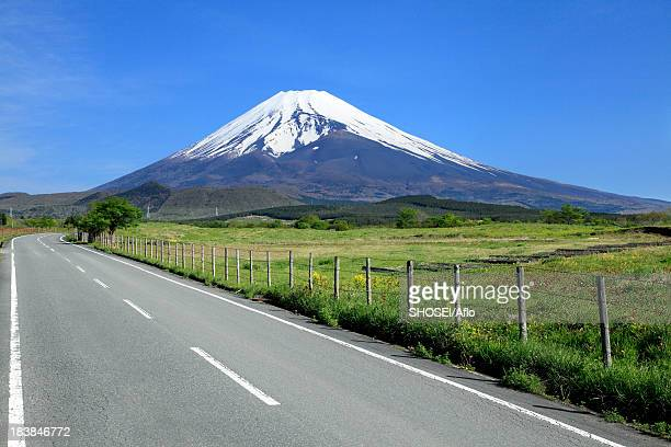 mount fuji and road - shizuoka stock pictures, royalty-free photos & images