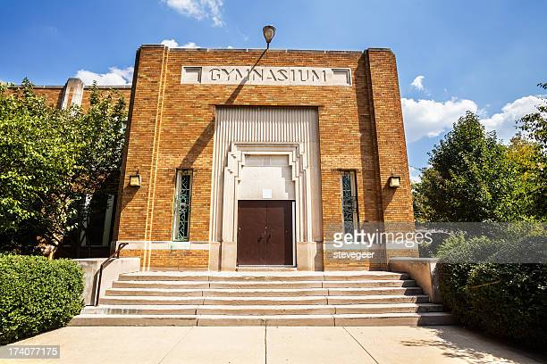 mount greenwood elementary school gymnasium, chicago - elementary school building stock pictures, royalty-free photos & images