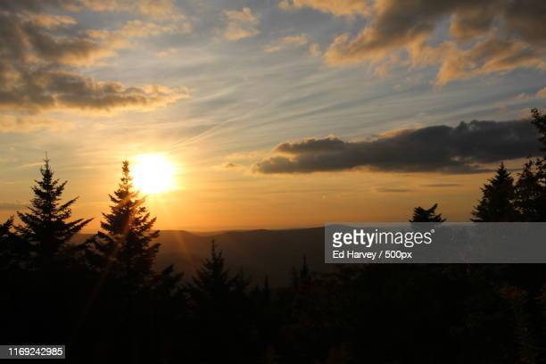 mount greylock - adams tennessee stock pictures, royalty-free photos & images