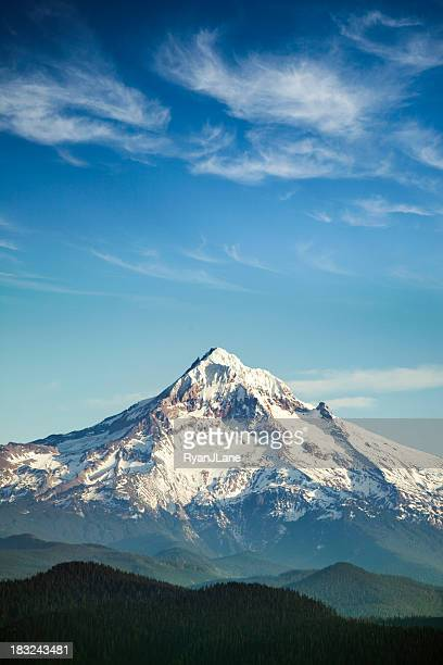 mount hood, oregon state - mountain peak stock pictures, royalty-free photos & images