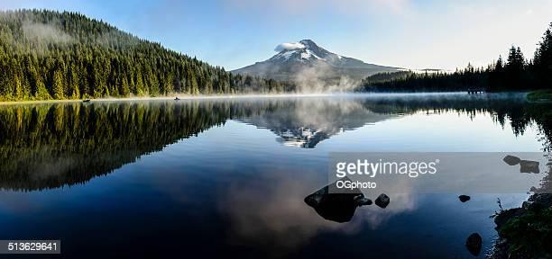 Mount Hood spiegelt sich im See Trillium Lake, Oregon -XXXL