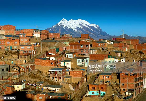 mount illimani, el alto, bolivia - el alto fotografías e imágenes de stock