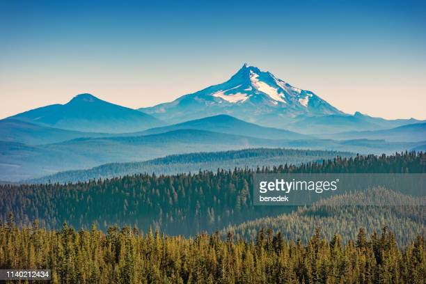 mount jefferson and olallie scenic area  in oregon usa - national forest stock pictures, royalty-free photos & images