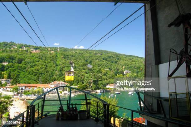 mount mottarone cable car, piedmont, northern italy - stresa ストックフォトと画像