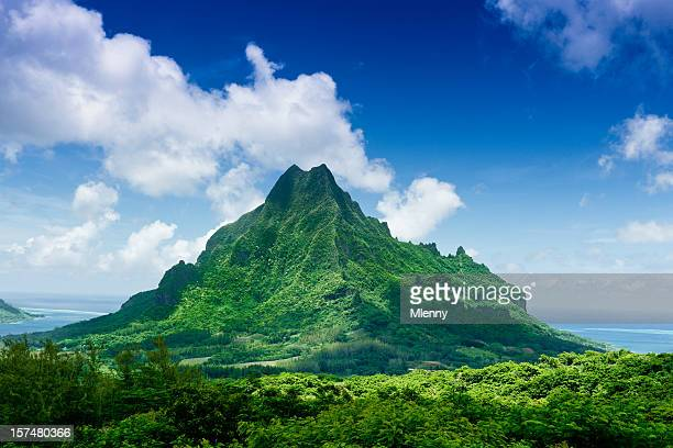 mount roto nui volcanic mountain moorea island - tahiti stock pictures, royalty-free photos & images