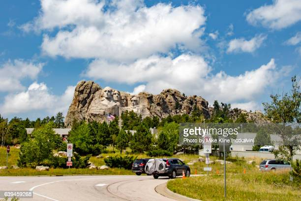 mount rushmore entrance - south dakota stock photos and pictures