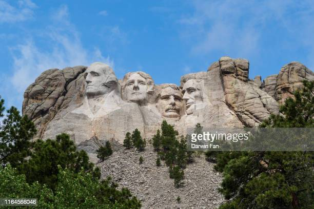 mount rushmore national memorial - us president stock pictures, royalty-free photos & images