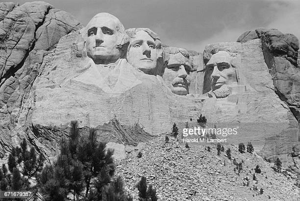 mount rushmore national memorial - black hills stock photos and pictures