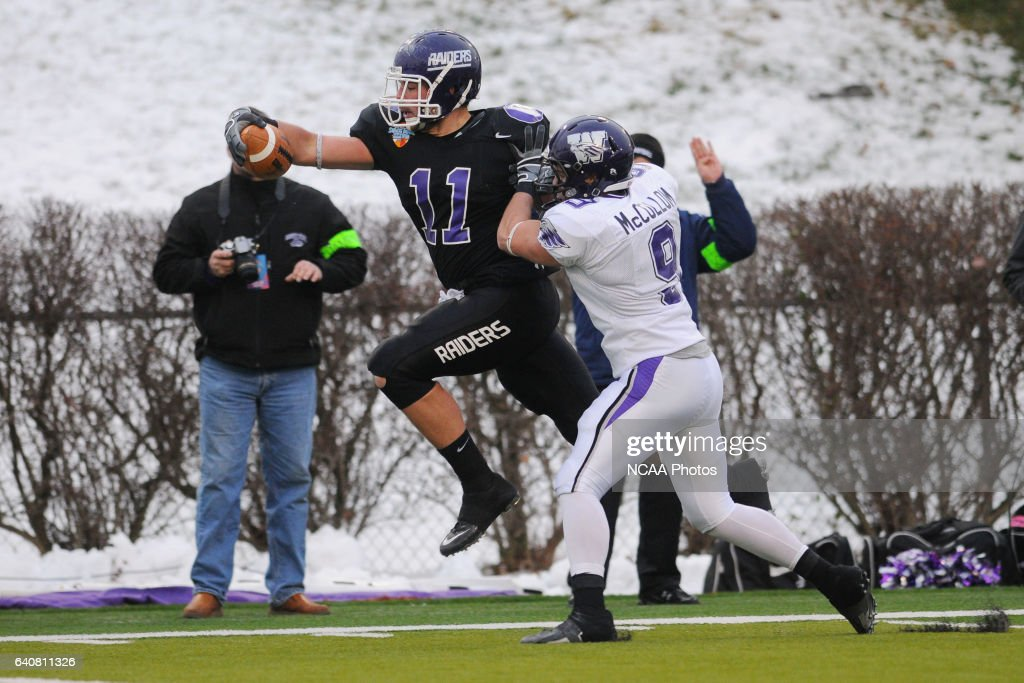 Mount Union College Tight End Kyle Miller Scores A Touchdown Over