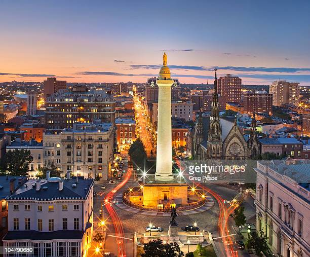 mount vernon square with washington monument - baltimore maryland stock pictures, royalty-free photos & images