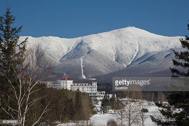 mount washington in winter - new hampshire stock pictures, royalty-free photos & images
