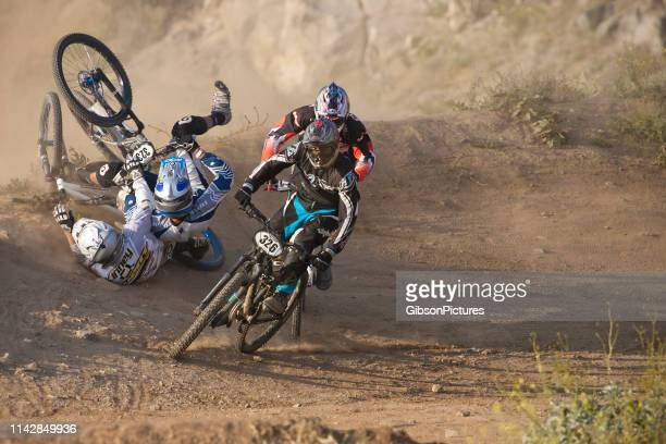 mountain bike race crash - cycling event stock pictures, royalty-free photos & images
