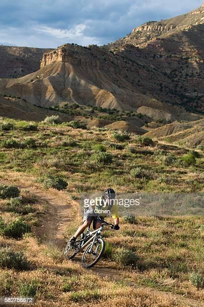 mountain biking fruita, colorado - fruita colorado stock pictures, royalty-free photos & images
