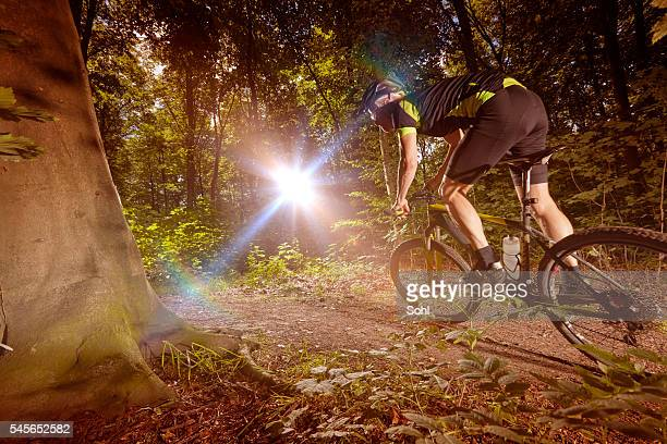Mountain Biking racing i haze