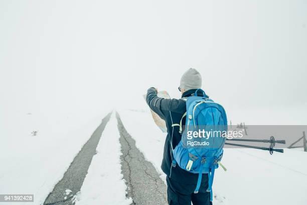 Bergsteiger, die Überprüfung der Karte