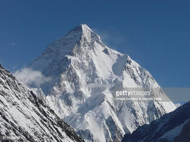 k2 mountain in karakoram range - k2 mountain stock pictures, royalty-free photos & images