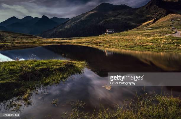 mountain lake, bergamo, lombardy, italy - bergamo fotografías e imágenes de stock