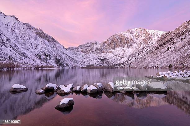 mountain lake sunrise with snow - images of mammoth stock pictures, royalty-free photos & images