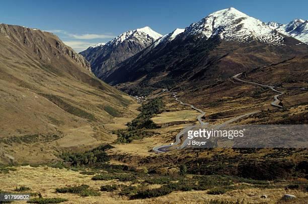 mountain landscape, ariege, france - アリエージュ ストックフォトと画像