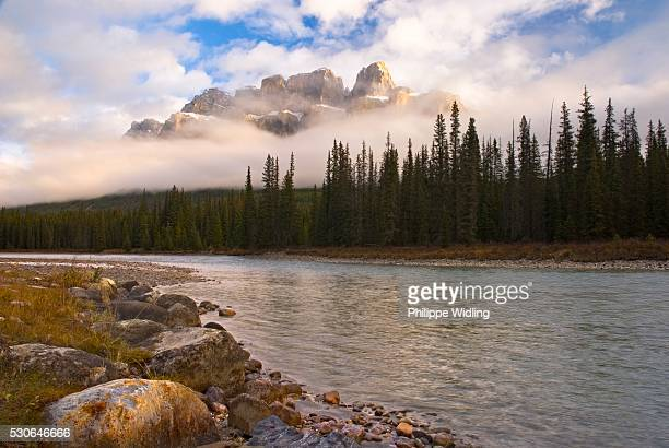 mountain landscape, banff national park, alberta, canada - castle mountain stock photos and pictures