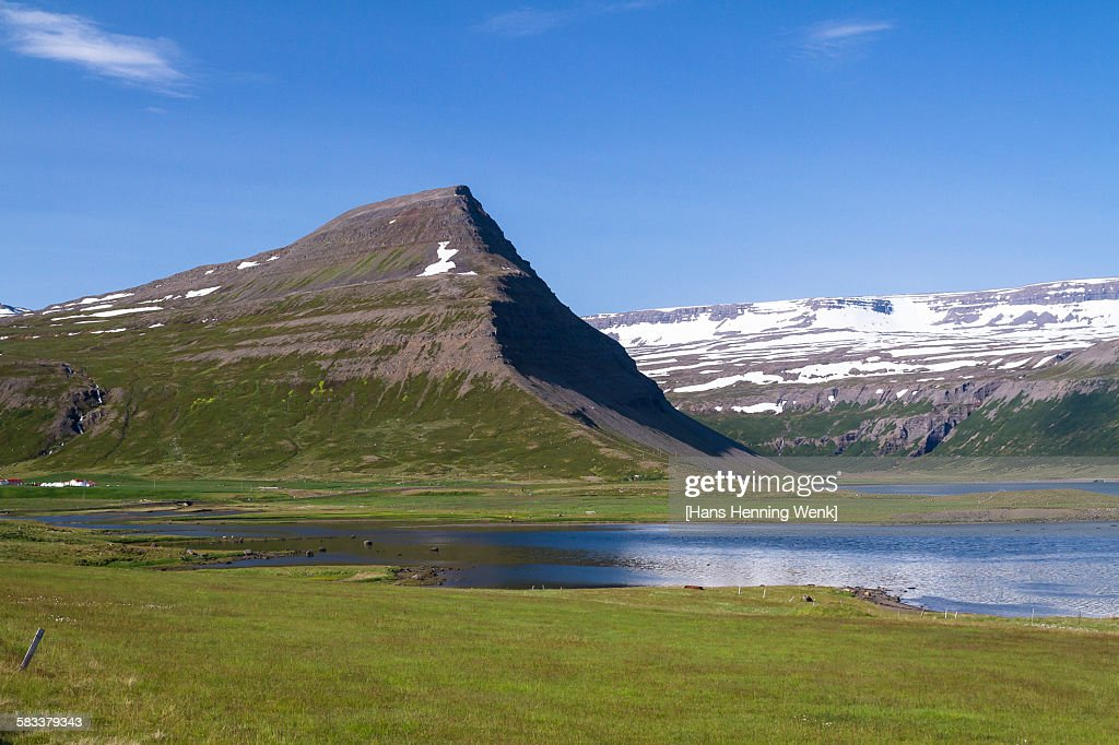 Mountain landscape in Iceland's west fjords : Stock Photo